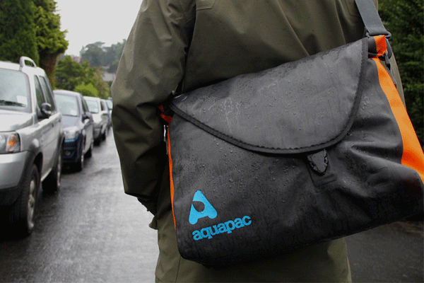 aquapac messenger bag, aquapac stormproof